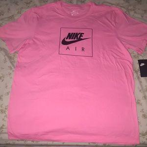 Nike Men's Tee🆕